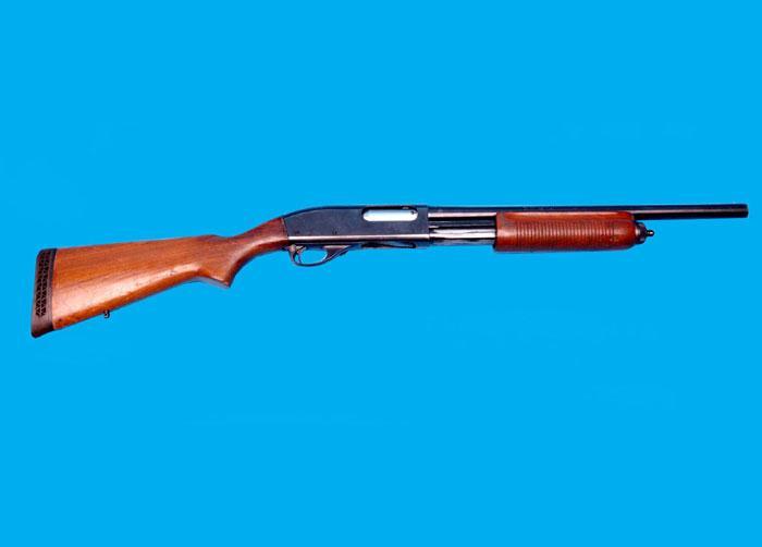 Bordighera anziana donna custodiva in casa un arsenale d for Costo della costruzione del fucile da caccia