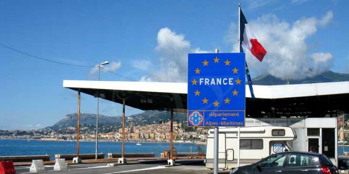 Imperia la francia chiede la chiusura per un mese del - Dogana svizzera cosa si puo portare ...