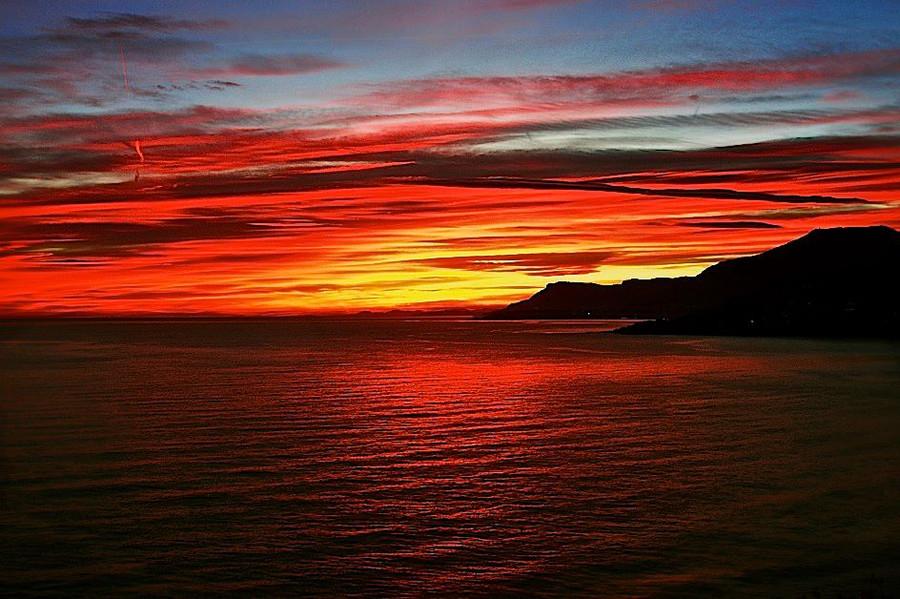 tramonti a ventimiglia nuove foto dei nostri lettori